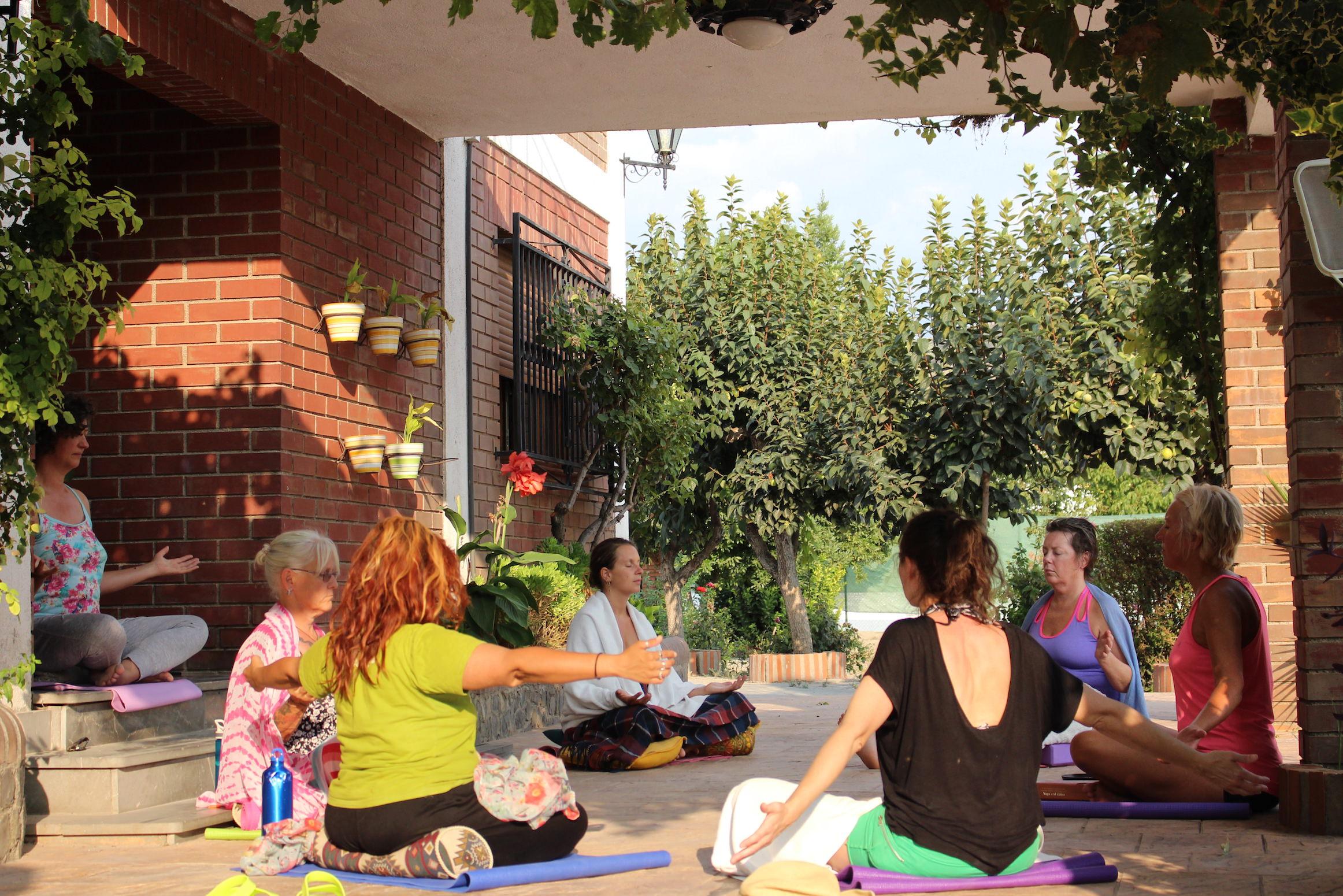yoga benefits open heart meditation